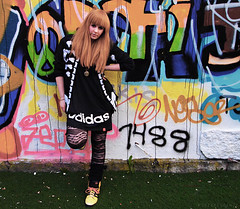 js (luringgud) Tags: street fashion scott jeremy adidas gyaru jfashion kfashion