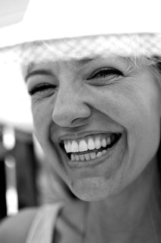 chicago love smile sunshine smiling happy peace bright tranquility happiness karma kindness upclose connection daydreams reallyclose soulpatrol bigfloppyhat viewminder facesonthestreet howyadoinclose isthatafiftymillimeterlensinyourpocketclose imlovinsummertime ihopeyourefeelingthelovetoo luminousflyinghelgramiteindustries