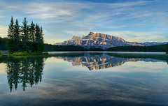 Good Morning Light (Jeff Clow) Tags: morning canada reflection nature landscape bravo natural alberta banffnationalpark twojacklake