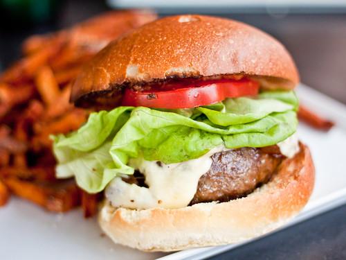 Adsum burger