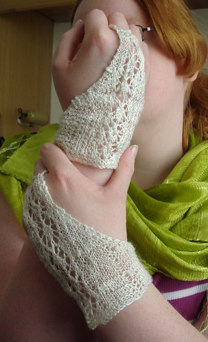 Handknit handmade silk typing gloves mawata knitting