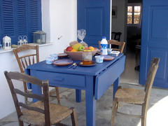 Breakfast table, Sifnos, Greece (hellimli) Tags: morning breakfast table lunch island greek islands aegean hellas greece grecia griechenland grce yunan sifnos cyclades cycladic isola griekenland yunanistan grieija grekland kreikka grikkland   graikija grkenland adalar grka grgorszg ecko griechischeinseln        hylp greskeyer lasislasgriegas leslesgrecques   ilgreja