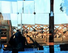 PUZZLE AL DI LA' DEL VETRO (Maria Grazia Marrulli) Tags: travel trees men alberi reflections italia ponte persone reflet pont laguna dedicated amos amici acqua dedica venezia azzurro colori ricordi riflessi landescape viaggio paesaggio fotografo specchio legno vetro uomini veneto futurismo sanservolo trasparenza deformazioni dedicata lagunaveneta micromosso imieiluoghi circolomicromosso mostrain incontrifotograficianordeest