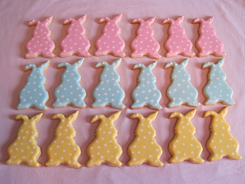 POLKA DOT EASTER BUNNY COOKIES