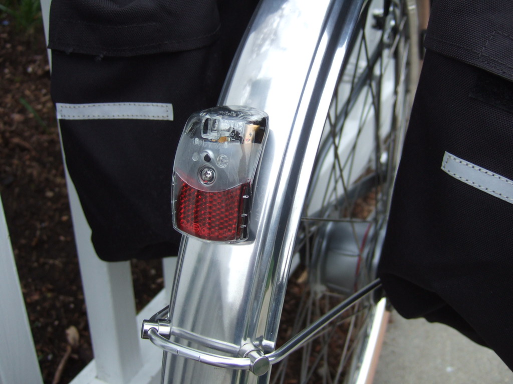 SPANNINGA Batterie-LED-R/ücklicht Pixeo Xb//Xba