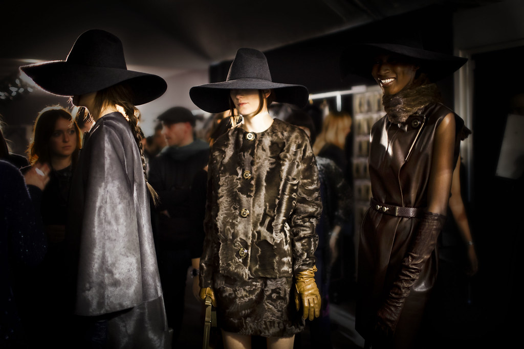 Lanvin at Paris Fashion Week Women's Ready-To-Wear Fall Winter 2011 Collections