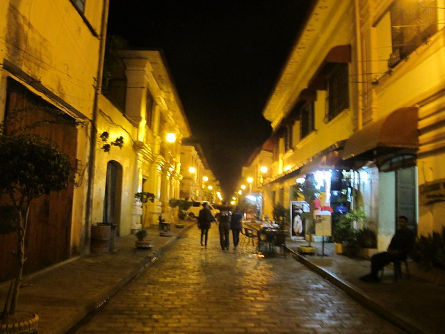 Vigan at Night (19)