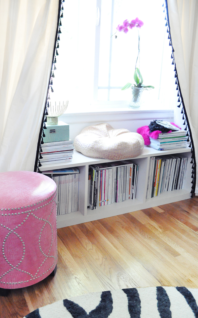Office nook+window+curtains with tassels+bookshelves bench