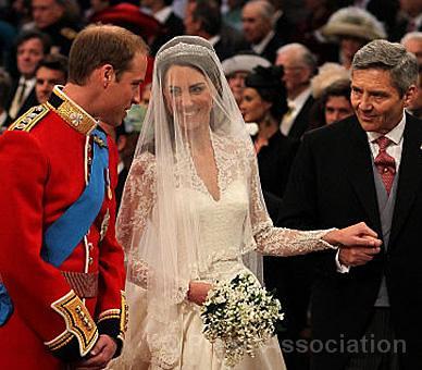พิธีเสกสมรส เจ้าชายวิลเลียม และ เคต ดัชเชสส์แห่งเคมบริดจ์ 29/04/2011 5669610682_2958610a66_z