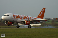 G-EZAZ - 2829 - Easyjet - Airbus A319-111 - Luton - 110401 - Steven Gray - IMG_3593