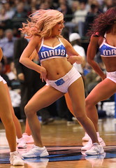 Mavs Dancers - Mavericks v. Clippers 1-25-11 (45) (MattyV53) Tags: basketball la dallas losangeles dance dancer cheer cheerleader bball americanairlinescenter nba clippers mavs mavericks dallasmavericks aac losangelesclippers laclippers matthewvisinsky mattyv53 mattvisinsky mavsdancer