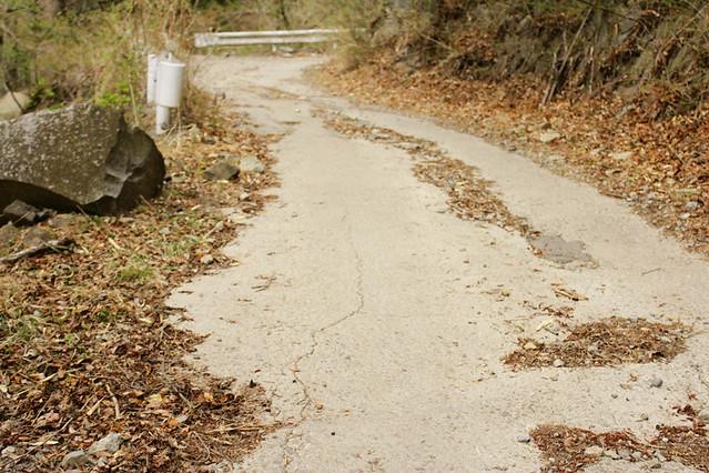 乾徳山舗装道
