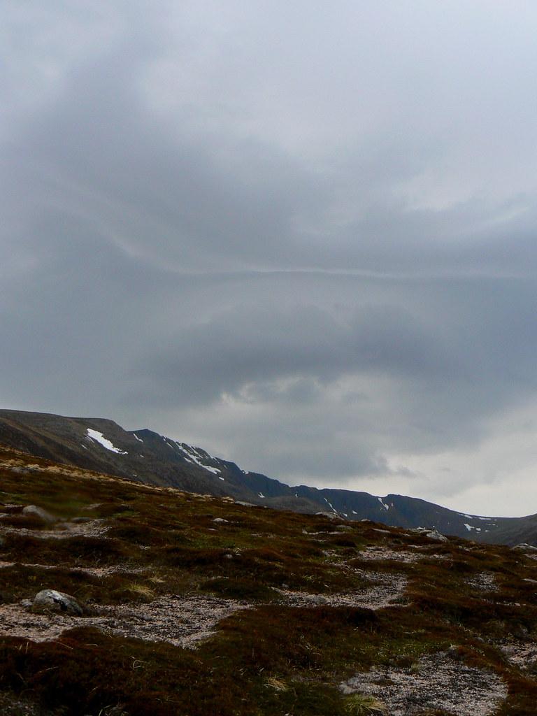 Strange cloud over Coire Sputan Dearg