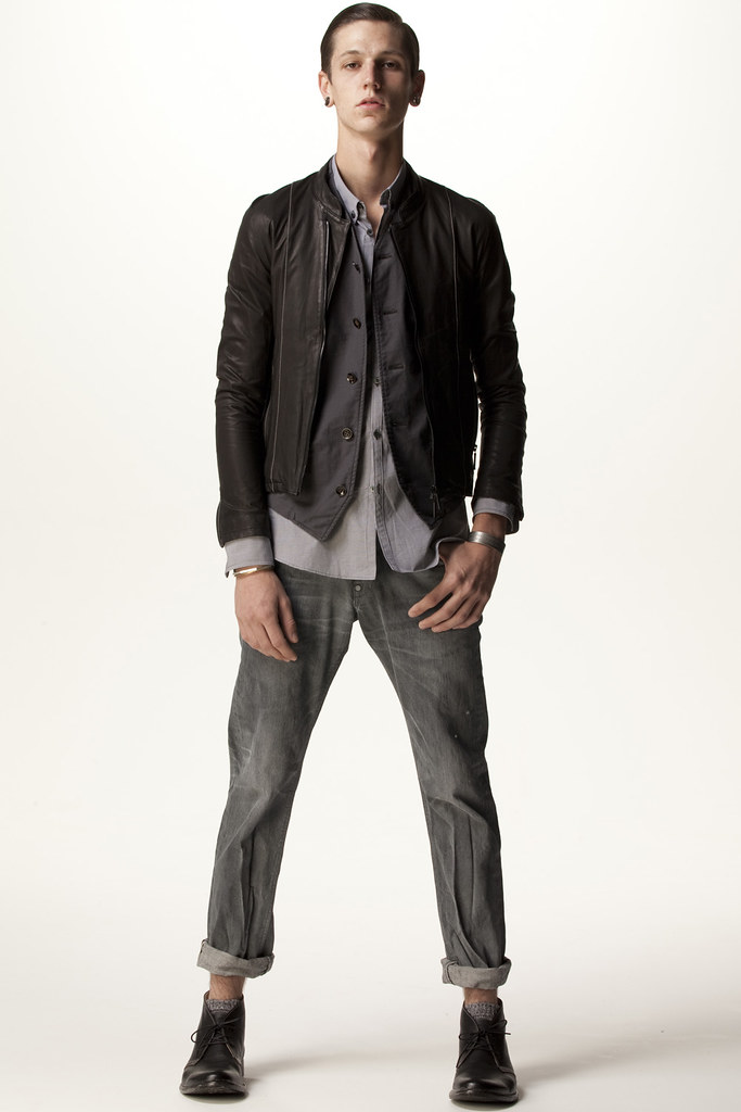 FACTOTUM HOMME 2011 SS 001_Tommy Cox