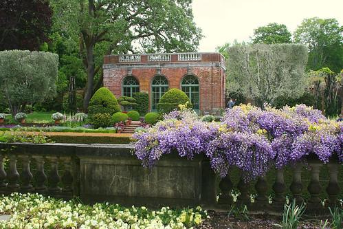 filoli garden building