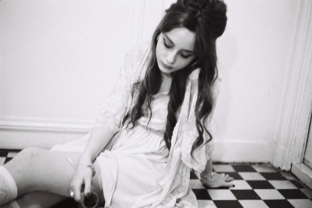Louise Ebel Pandora <! :fr >Babydoll.<! : ><! :en >Babydoll.<! : >