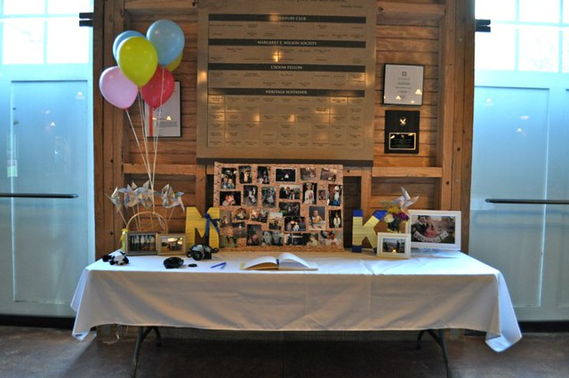 up themed wedding table