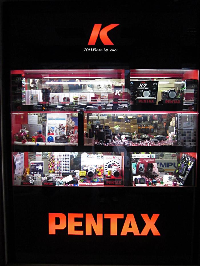 櫥窗裡的PENTAX
