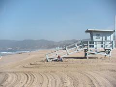 Santa Monica Beach (kailasaur) Tags: ocean life california santa house beach water station wheel pier pretty pacific ferris changing monica gaurd