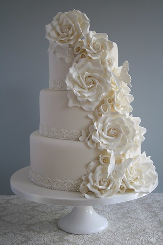 Cascade of roses wedding cake by Cotton and Crumbs