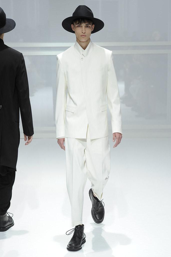 SS12 Paris Dior Homme044_Caleb Trent(VOGUEcom)