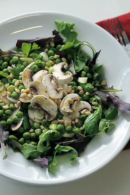 White Mushrooms, Peas and Mixed Leaves