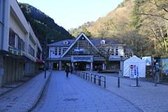 高尾山のケーブルカー駅