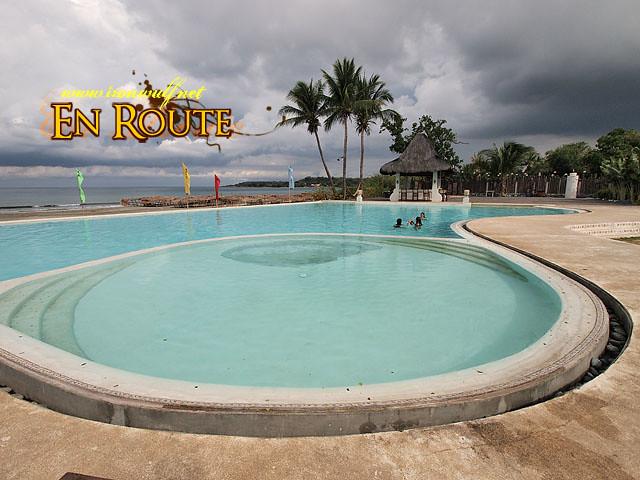 Playa Tropical's Infinity Pool