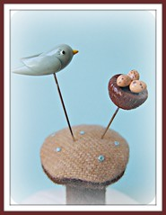 birdie and nest pin toppers (Pinks & Needles (used to be Gigi & Big Red)) Tags: sculpture cute bird nature birdie polymerclay kawaii eggs speckled sculpted aquaandbrown gigiminor pinksandneedles pintoppers pintopper