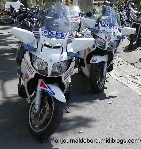 Moto police 7