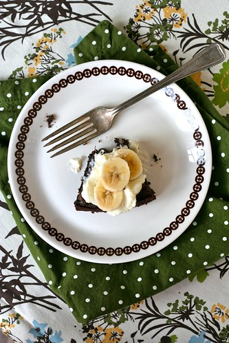 Flourless Chocolate-Banana-Almond Cake 2
