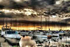 orange sunrise e3 hdr (Morningdew Photography) Tags: sky sun toronto canada water clouds sunrise canon boats waterfront hdr hdri ef24105l t1i