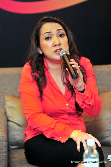 Dato' Rohana Rozhan, Ceo Of Astro Malaysia, At The Press Conference Of Astro B.yond Iptv Media Launch.