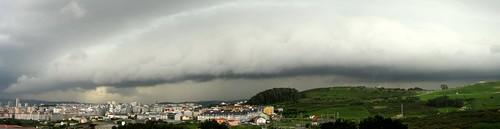 Nubes de tormenta by treboada