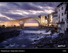 Paseando por: Camprodon ( Girona ) (Roberto Fraile) Tags: street bridge espaa rio architecture contraluz landscape puente spain arquitectura agua nikon monumento paisaje catalonia medieval cielo nubes nocturna catalunya represa salidas anochecer iluminacion cascada composicion atarcecer camprodon wow1 wow2 wow3 wow4 d90 fraile wow5 wowhalloffame oltusfotos bestcapturesaoi tripleniceshot elitegalleryaoi mygearandme mygearandmepremium paseandopor luzgirona tplringexcellence pipexcellence goldenawardlostcontperdidos aboveandbeyondlevel4 flickrstruereflection1 flickrstruereflection2 flickrstruereflection3 flickrstruereflection4 flickrstruereflection5 flickrstruereflection6 flickrstruereflection7 eltringexcellence flickrstruereflectionexcellence artistoftheyearlevel7 artistoftheyearlevel6 rememberthatmomentlevel4 rememberthatmomentlevel1 flickrsfinestimages1 flickrsfinestimages2 flickrsfinestimages3 rememberthatmomentlevel2 rememberthatmomentlevel3 rememberthatmomentlevel7 rememberthatmomentlevel9 soulocreativity3 soulocreativity4 rememberthatmomentlevel5 rememberthatmomentlevel6 rememberthatmomentlevel8 thelookfinalgame