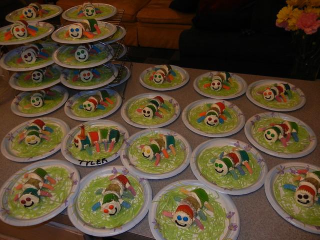 30 catepiller mini-cupcakes! yikes!