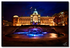 Victoria Square at Night (rjt208) Tags: fountain night buildings evening waterfall twilight birmingham bravo colours nightshot flag jacuzzi newstreet councilhouse wow1 wow2 floozie birminghamcity floozieinthejacuzzi canon400d rjt208 mygearandme