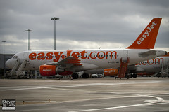 G-EZDZ - 3774 - Easyjet - Airbus A319-111 - Luton - 110310 - Steven Gray - IMG_0744