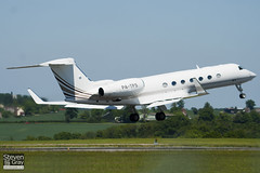 P4-TPS - 5193 - Private - Gulfsteam G550 - Luton - 100603 - Steven Gray - IMG_3070