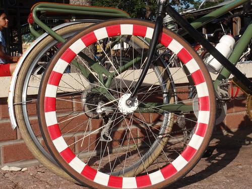 Groovy Wheel