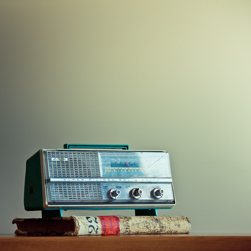 Retro Vintage Radio by ►CubaGallery