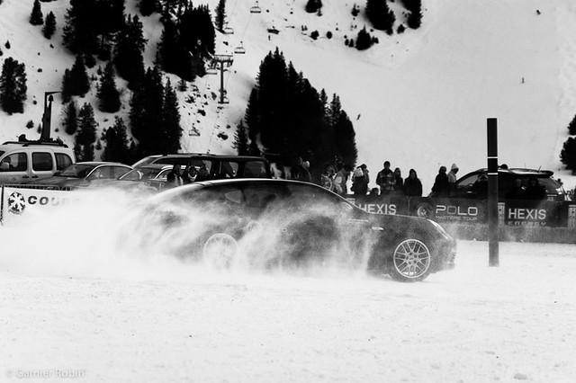 Porsche on the snow