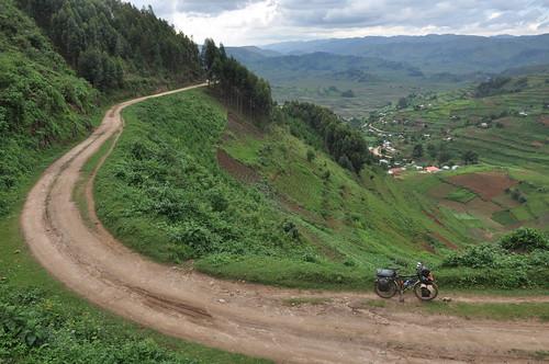 Road to Bwindi NP