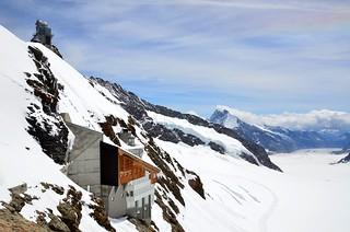 Le Jungfraujoch (alt 3454m alt  -  11333 ft) - TOP of EUROPE