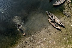 Life in river! (ashik mahmud 1847) Tags: bangladesh d5100 nikkor river boat water light people dailylife ngc