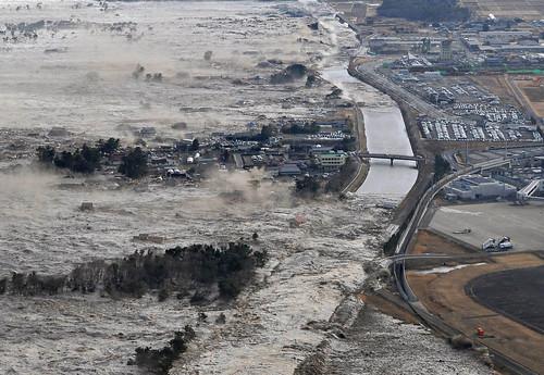 2011.03.11_japan tsunami