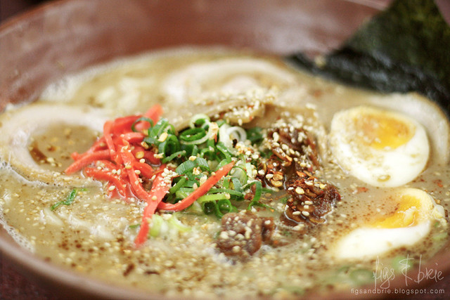 Gumshara Ramen_garlic tonkotsu