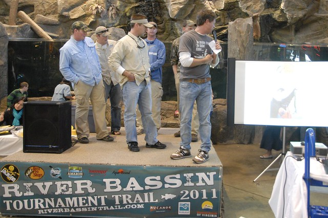 Teams on stage of the River Bassin Tournament Trail