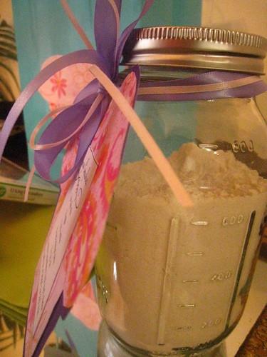 cake mix in a jar