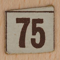 Cardboard Bingo number 75 (Leo Reynolds) Tags: canon eos iso100 number lotto 60mm f80 bingo 75 loto housie housey 0125sec 40d hpexif numberset numberbingo houseyhousey xsquarex housiehousie bingoset15 xleol30x